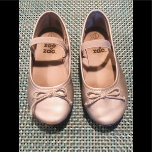 Toddler Girls Silver slip on dress shoes Size 9